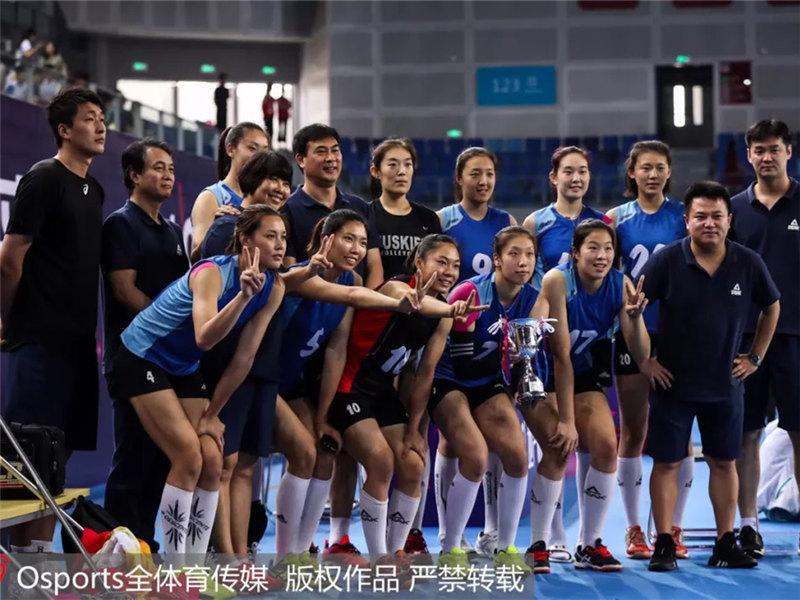 <b>立足现在,着眼未来:天津女排收获全锦赛季军!</b>